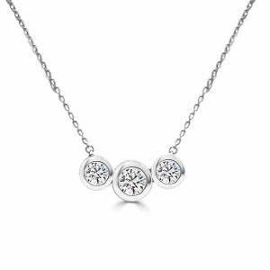 Colgante de oro blanco - modelo tresillo de diamantes